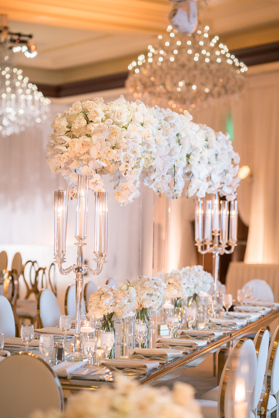 A floral centerpiece at Michael and Neda's wedding at Four Seasons Westlake Village