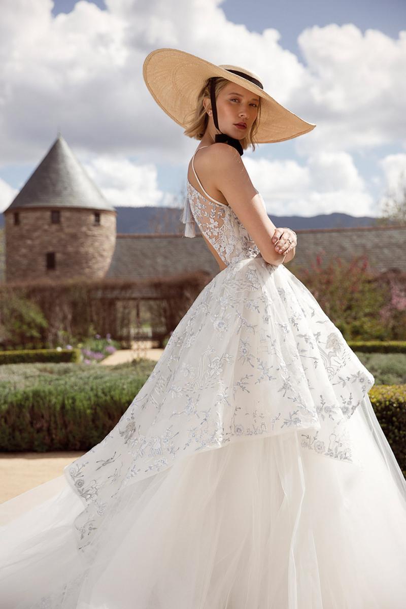 Modern Love Avant Garde Wedding Dresses With A Floral Flair