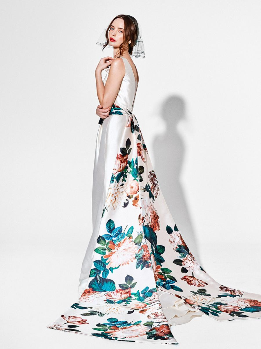 Bold And Beautiful Modern Wedding Dresses And Sparkling