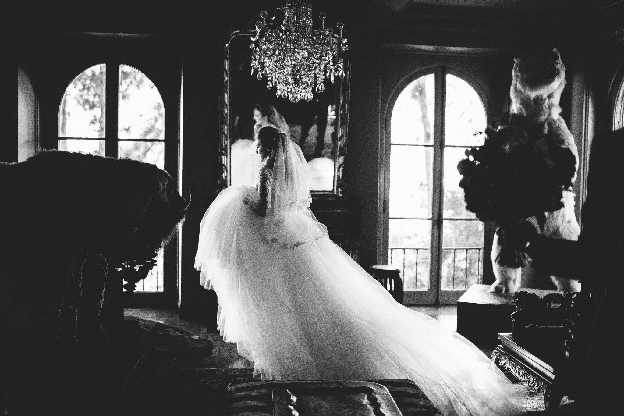 princess bride, megan markle wedding dress, princess wedding day looks, rosa clara wedding gown