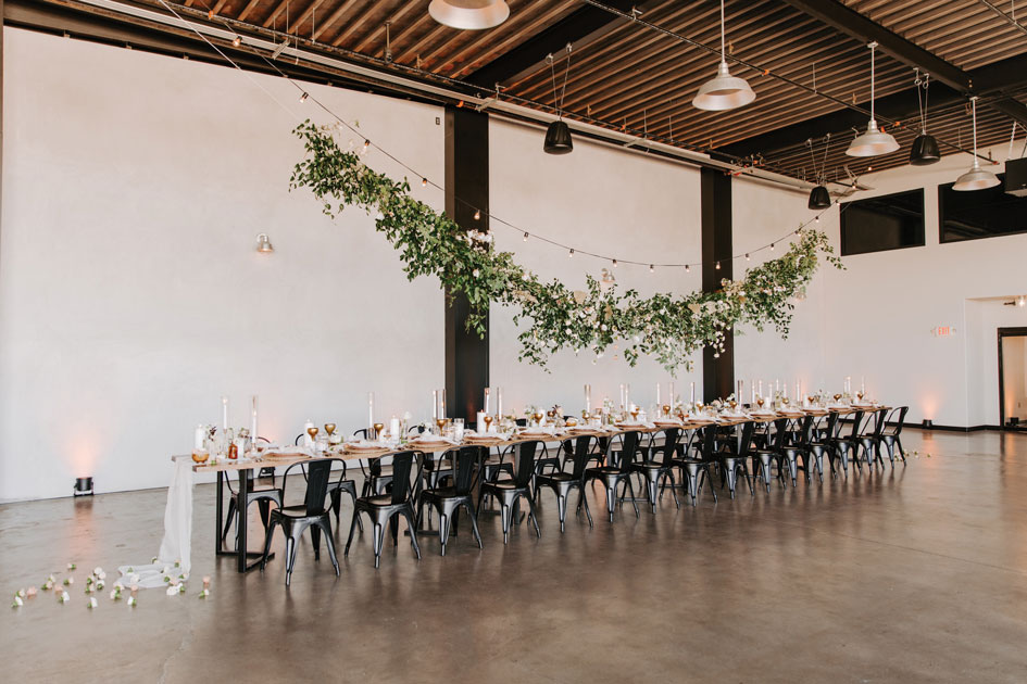 A mod-inspired wedding tablescape at Hangar 21 South in Fullerton.