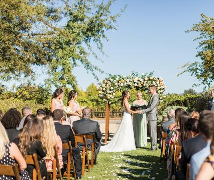 deloach vineyard wedding ceremony