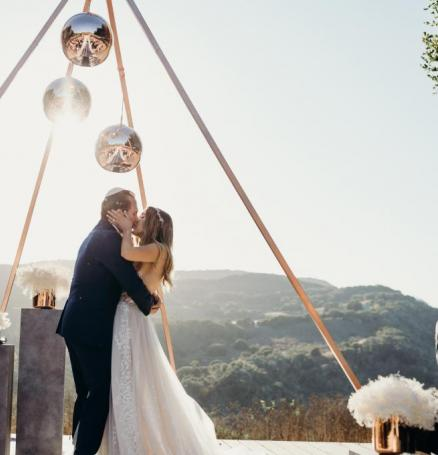 Photo by @katieedwardsphoto, Featuring @kristinbantaevents and @carmelvranch