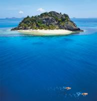Find crystal clear water, sandy beaches and romance in Fiji