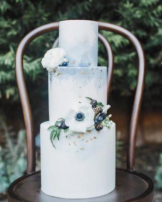 Posted by Elise Cakes, Photography by Jessica Jaccarino, Planning by I Love You More Events, Florals by Compass Floral